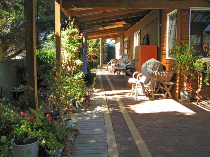 Shady side deck for relaxing