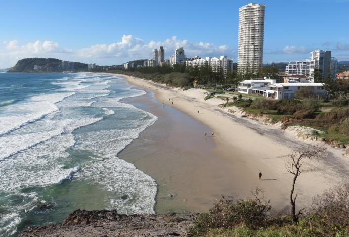 Burleigh Beach looking south