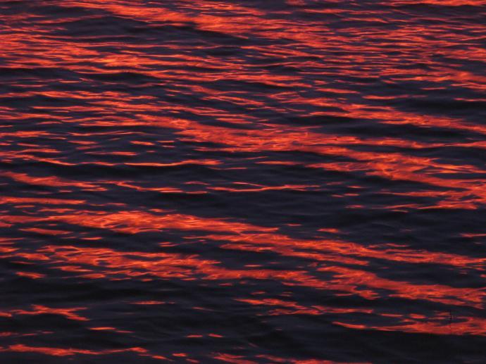 Tallangatta Hume sun set on water