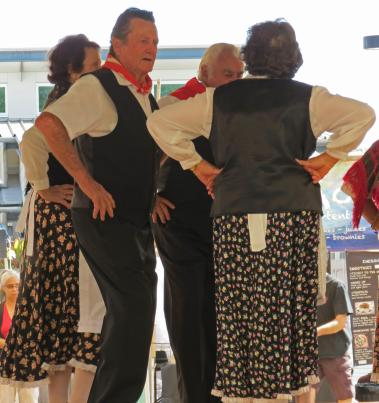 Friulani, Italian, Dancing Group