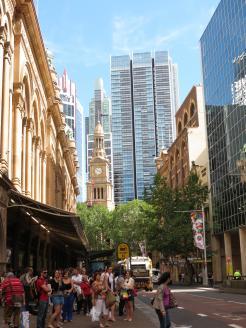 Queen vic building xmas windows DJ Paramatta river 153_3000x4000