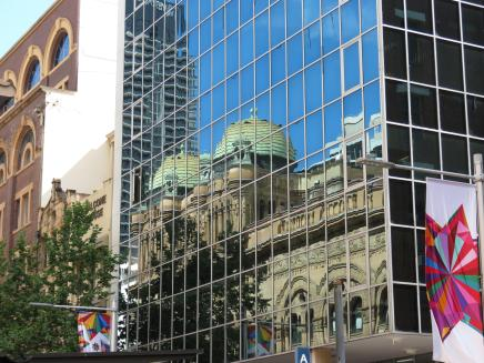 Queen vic building xmas windows DJ Paramatta river 154_4000x3000