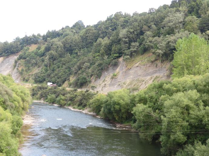 Winding along the banks of the Wanganui River. Can you spot truck