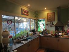 Margaret River friends, Jack and Carroll's warm welcoming kitchen