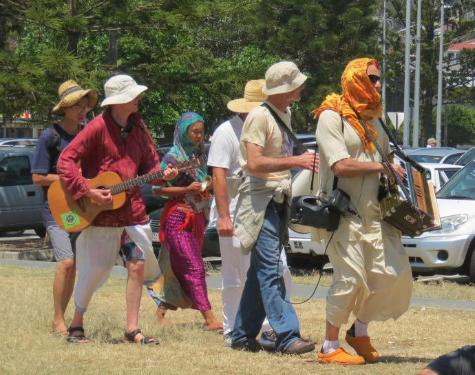 Sunday beach markets pc 050_2621x2068