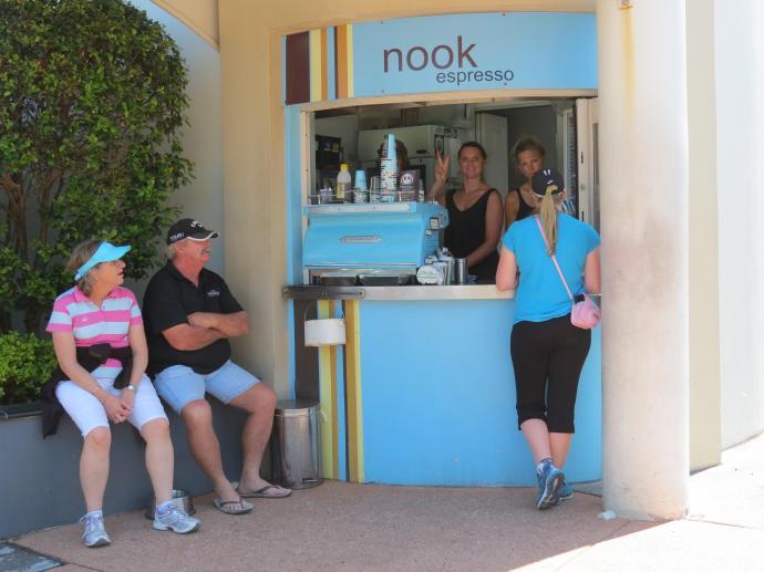 Sunday beach markets pc 062_4000x3000