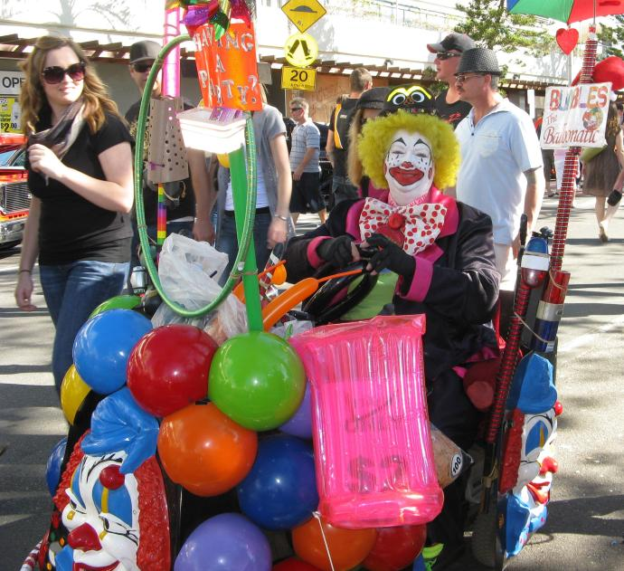 No festival is complete without a clown and balloons.