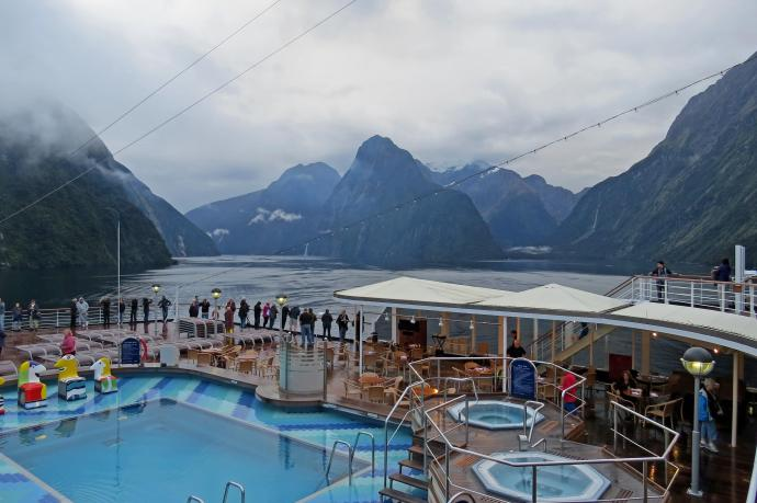 cruise ship Milford Sounds jc 008_4000x2664