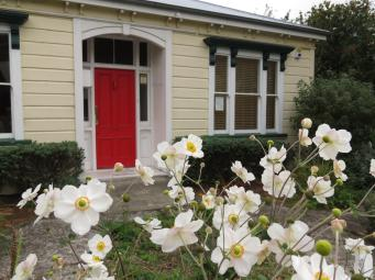 Akaroa Giart house garden PC 059_4000x3000