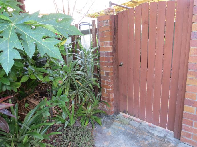 May 2015 garden 082_4000x3000