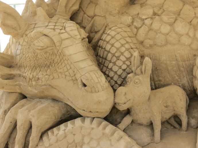surfers sand sculpture lr-10_4000x3000
