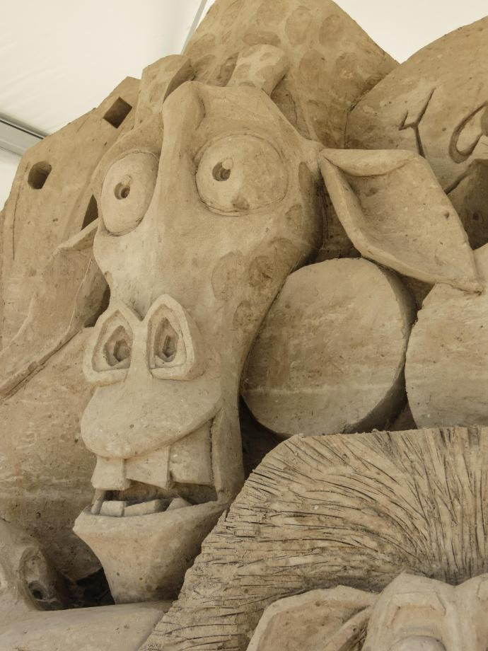 surfers sand sculpture lr-8_3000x4000