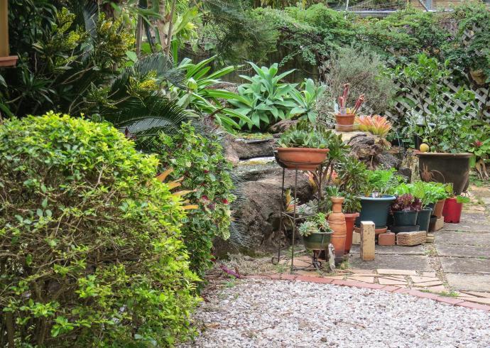 july garden-25_3492x2484